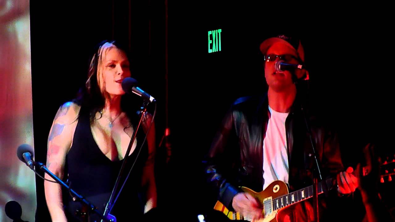 beth hart and joe bonamassa well well well at the echo in la youtube. Black Bedroom Furniture Sets. Home Design Ideas