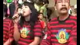 Samboyo Putro tari rampokan live Selomangkleng