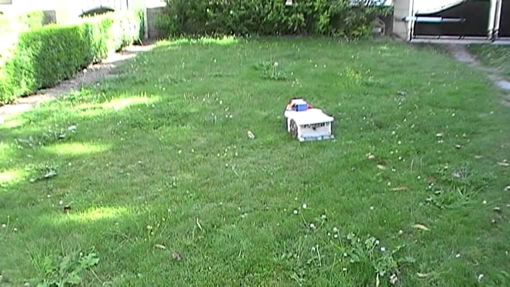 Robot tondeuse arduino youtube