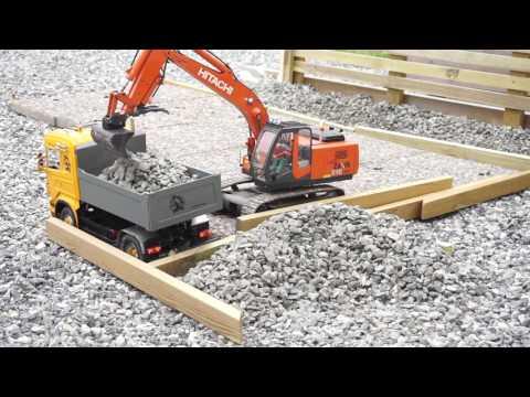 Lindeberg RC Quarry pt 51 - Loading and hauling rocks