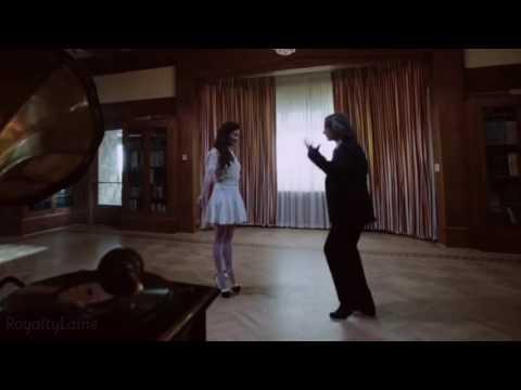 Robert Carlyle is the Dancing Queen 👑