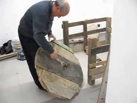 Costruire Un Tornio Per Ceramica.Tornio A Pedali Leonardo De Dominicis Youtube