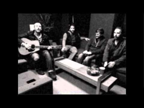 Bronze Radio Return, Worth Wondering - Live Acoustic, Portland ME 2011
