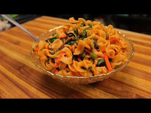 spicy-egg-noodles-with-chicken-and-vegetables---noodles-recipe