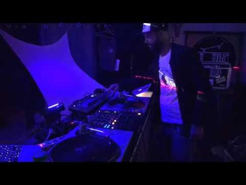 JON KO.@DO NOT DISTURB ZE DJS -LE ZINC- SAINT LEU-10/09/17