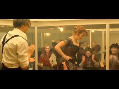 三等客室で開かれているパーティの曲