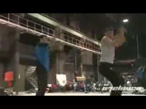 Clip Clip Bi Rain dam dia mo hoi kho luyen lam ninja Xem clip tai Video Zing