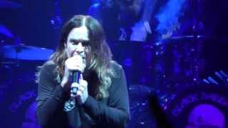 Black Sabbath-War Pigs (Live at the O2 London 10/12/13)