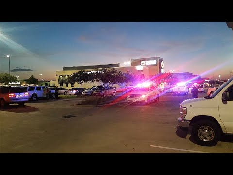 1 killed in Fort Bend County shopping center