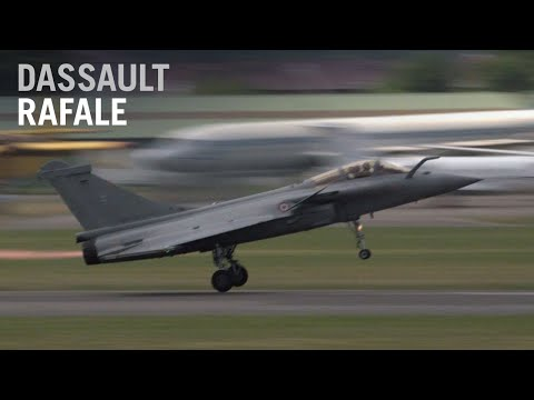 Dassault's Rafale Fighter Jet Flying Display At Paris Air Show 2015 – AINtv Express