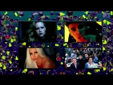 Avril Lavigne - Italian MTV Awards 2015 (Best Fan)