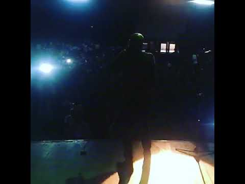 JOE EL PERFORMING HOLD ON FEATURING 2FACE IDIBIA AT UNILAG (ABOUT 5000 STUDENTS)