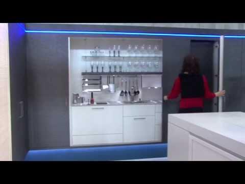 Kuchnia w szafie - Zabudowa frontami przesuwnymi chowanymi