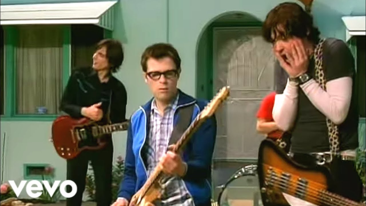 Weezer - Island In The Sun (Official Music Video) - YouTube