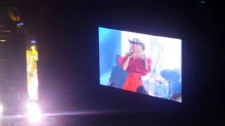 Yuri presentando su Tour tan cerquita en el auditorio nacional (5/5...