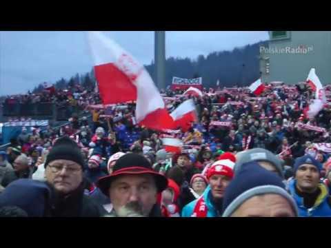 Kibice w Wiśle śpiewają: Polska. Biało – czerwoni