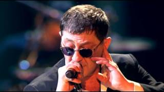 """Григорий Лепс -""""Научись летать"""" в Crocus City Hall 7 марта 2011г."""