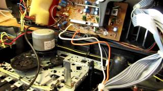 NP Hacker: Make an old CD player play MP3s using an AUX connector