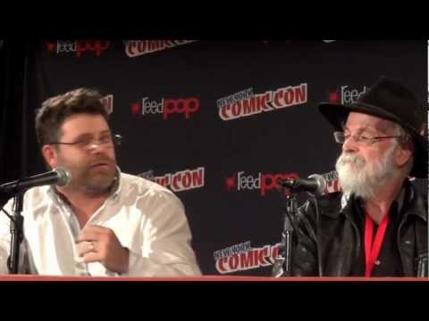 Sean Astin Author Terry Pratchett Question FAQ Panel NYCC New York Comic Con 2012 Color of Magic 3/3