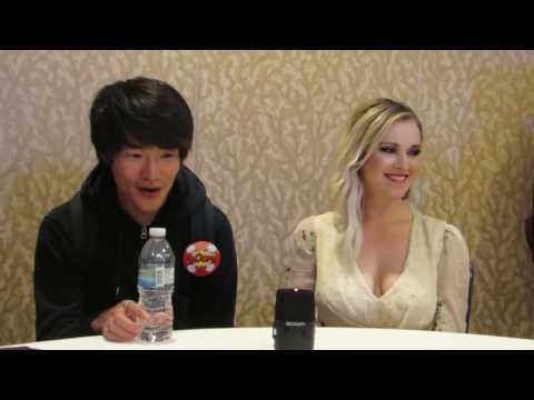 SDCC 2016: The 100 Christopher Larkin and Eliza Taylor  Things Are Changing!