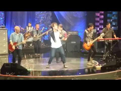 Sisaku (Live) - Akim & The Majistret