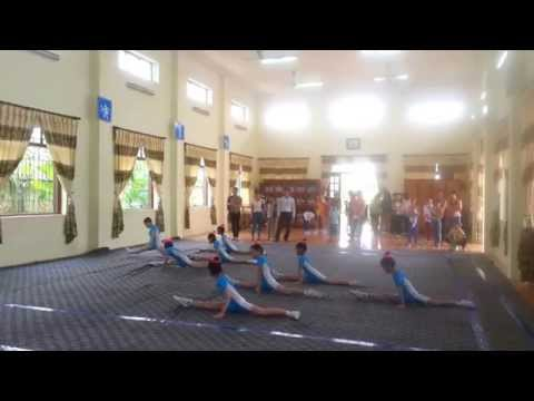 Tieu hoc Hong Phong Ninh Giang Hai Duong Aerobic tu chon 2013
