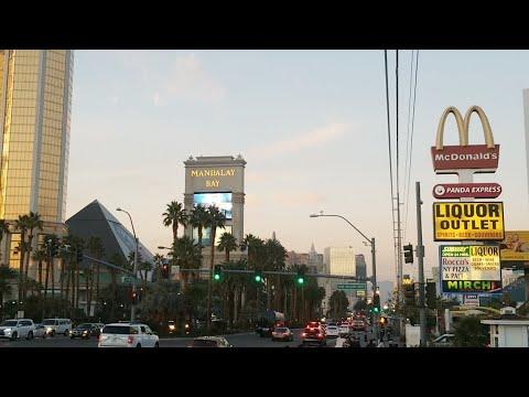 Walking To Las Vegas Sign Livestream