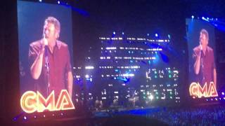blake shelton came here to forget cma fest 2016