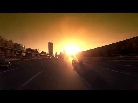 Dubai - Amazing Sheikh Zayed Road.  HD شارع الشيخ زايد