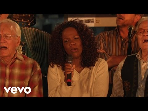 Lynda Randle - Kum Ba Ya/Take My Hand, Precious Lord (Medley) [Live]