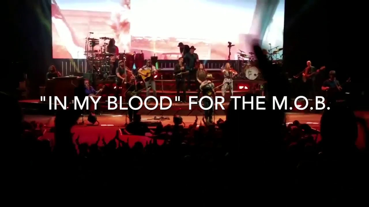 """Live Show """"In My Blood"""" - Zac Brown Band / Mark O'Connor Band"""