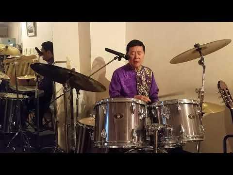 愛の旅路を『おがたひろし』内山田洋とクールファイブの名曲をドラム歌唱で!