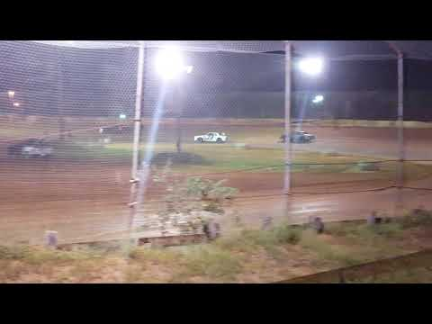 Factory Stock Heat Race @ 105 Speedway 10/6/18