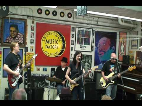 Shannon McNally @ Louisiana Music Factory JazzFest 2010