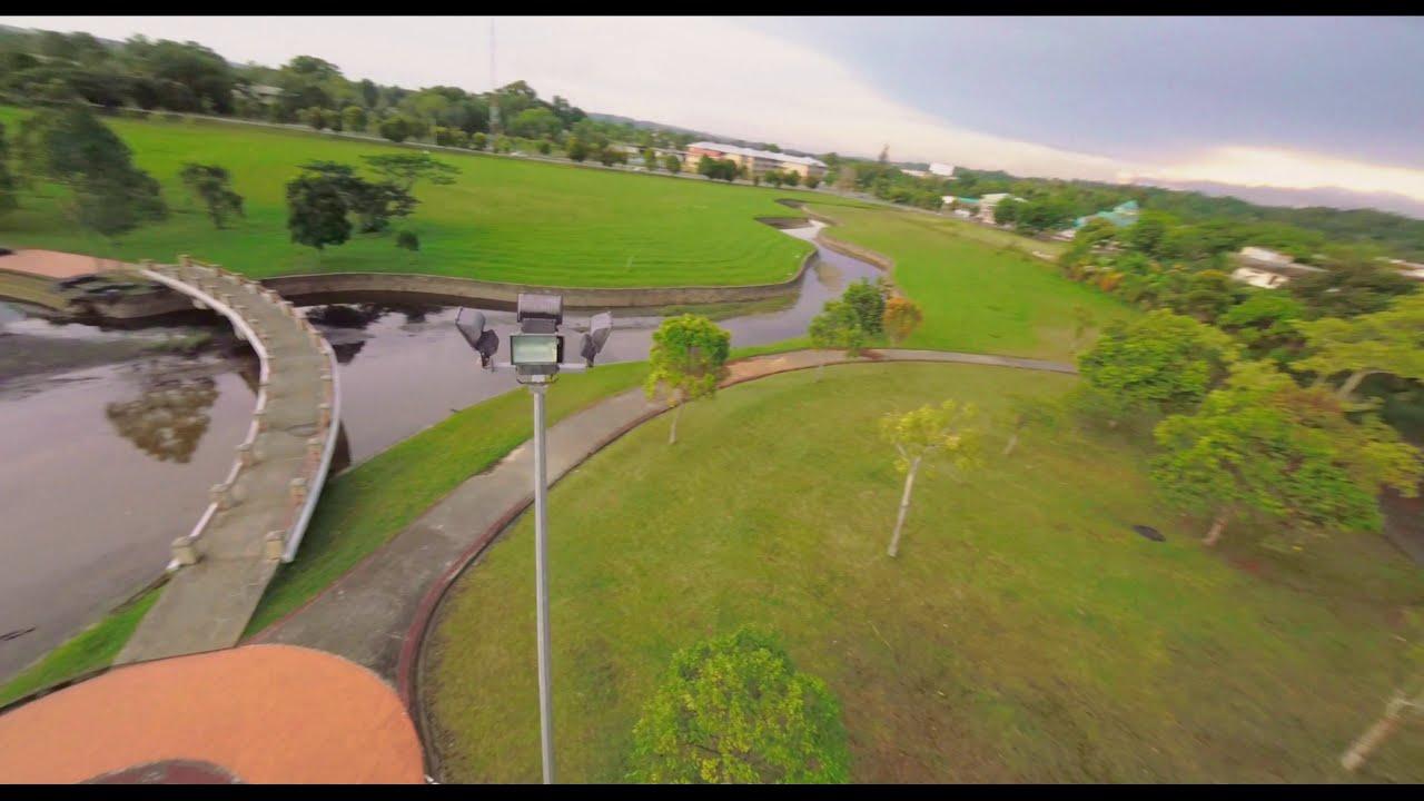 Cinematic flight around Millennium Park | FPV Drone фото