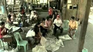 Documentos TV - El Credito de los Pobres