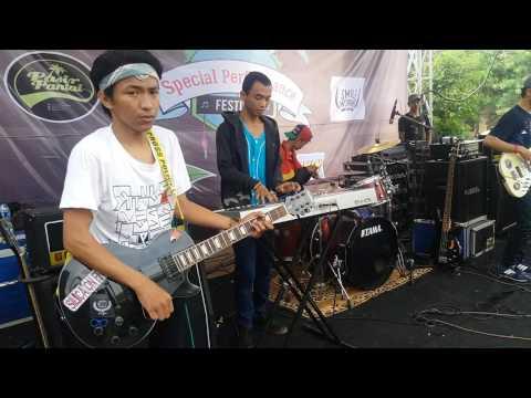 Live Perform SUN MORNING REGGAE - SAMA SAMA REGGAE (S2B Cover) @kampus witana Pamulang