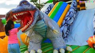 Mainan Anak Perosotan Naik Istana Balon Dinosaurus Odong Odong Rumah Balon Besar Sekali