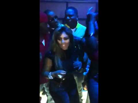 Lil Kim Rockin To Rihanna