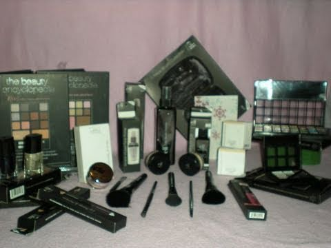 Becoming A Makeup Artist Part 2 Building A Kit