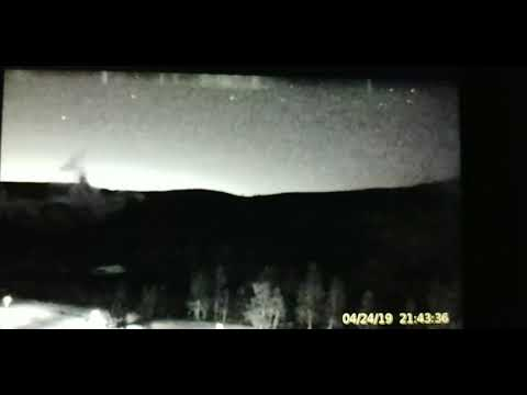 🌋 Yellowstone - Grand Geyser Area Spits Two (2) Fireball Ferraiuolos Fireballs!   24 April 19