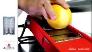 La mandoline multifonctions Swing 2.0 de DE BUYER