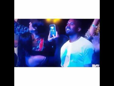 Rihanna had Kanye West hypnotized at VMA's 2016