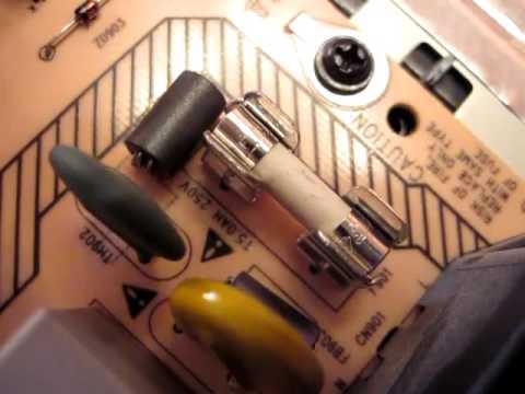 видео: ремонт телевизора филипс philips pfl3605 не включается замена предохранителя своими силами