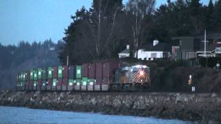 Trains in the fading sunlight at Edmonds, WA, 12-3-2014