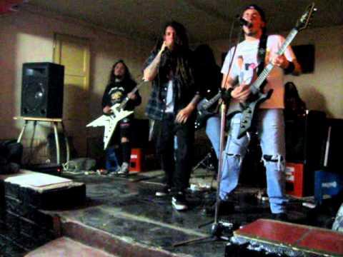 Moshing Da Law - Mosheando La Ley (30-07-2011)