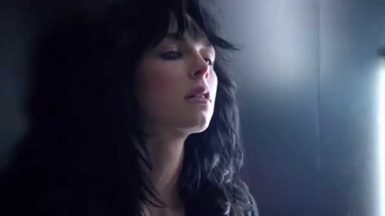 Cleavage Video Edie Campbell naked photo 2017