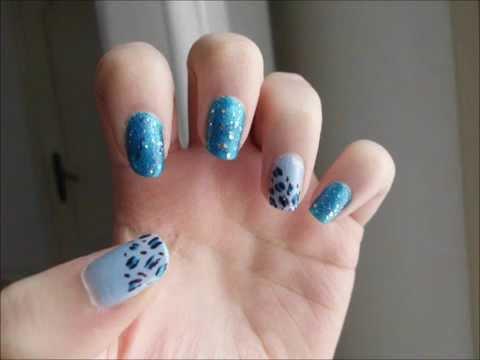 nail art sui toni del celeste e del blue