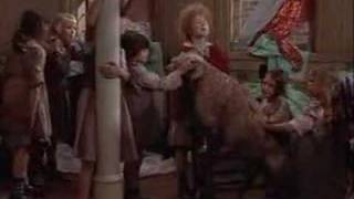 Video Annie (1982) - Sandy download MP3, 3GP, MP4, WEBM, AVI, FLV Januari 2018