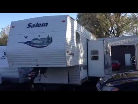 2004 Salem Forest River 32 Foot 5th Wheel Travel Trailer